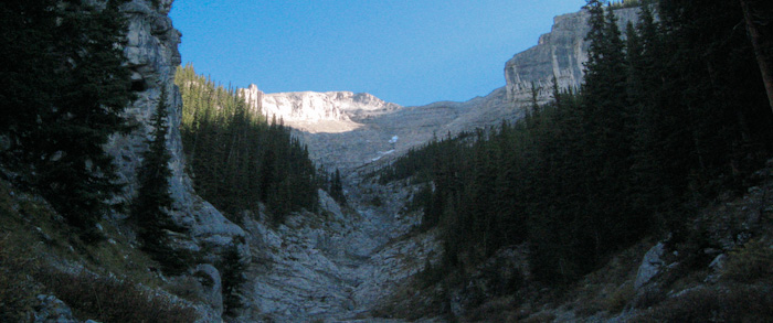 Mt.Rundle peak from Gully